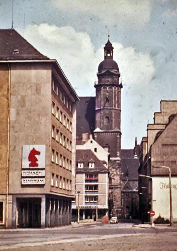 Blick zur Thomaskirche
